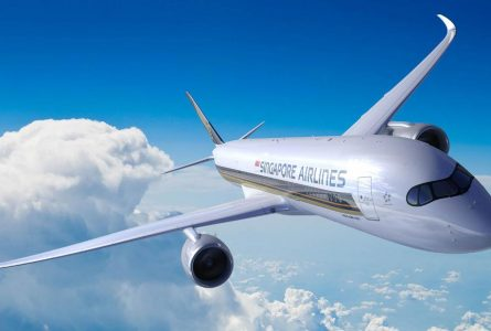 The world's longest flight is in the air (and Richard Quest is on board)