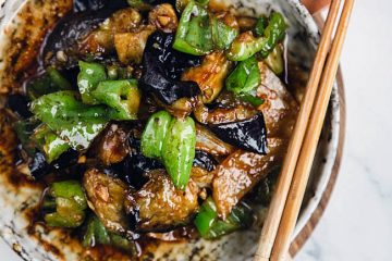 A popular vegan dish from Northern China –DiSanXian made with three most common vegetables in Chinese daily market: potato, eggplants and green peppers. This dish gives a slightly crispy potato texture, soft eggplant and fresh green peppers. Di San Xian (地三鲜) literally can be translated as the three treasure of…
