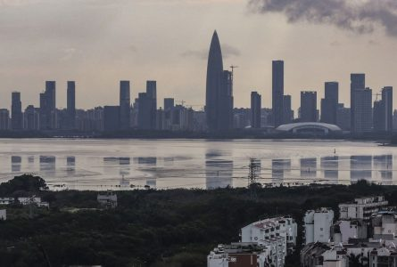 Hong Kong investment funds body seeks China rules relaxation in exchange for limiting sales to 'Greater Bay Area'