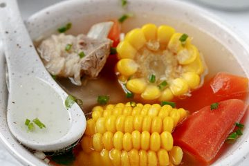 Healthy and summer friendly pork and corn soup. Before moving to Guangdong province, I have never thought that slight sweet soup can be so delicious. We usually cook soups with churchy but less flavored root vegetables like white radish and lotus root in my hometown. Sweet ingredients include corn, red…