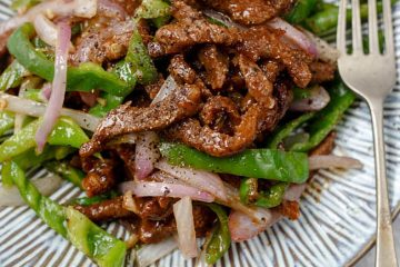 "20 minutes quick Chinese style beef stir fried with black pepper, a very ""Chinese"" style stir-frying recipe using beef, onion, green peppers and ground black pepper. Black pepper sauce and beef have been the best partner worldwide. I love that uniform and mild thick black pepper sauce very much when…"