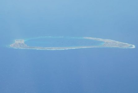 'Leave immediately': US plane warned in South China Sea
