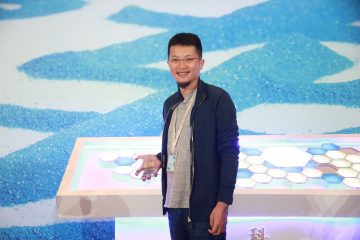 Below is my translation of an interview with Tencent Investment Partnership Manager, Li Zhaohui 李朝晖 conducted by last week Business Week China. The rare interview provides a dive deep into Tencent investment division's thinking. This is a must read for anyone wishing to better understand Tencent's investment strategies. Highlights including:…