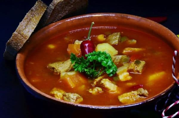 Chinese Cuisine Cooking Methods: Boiling
