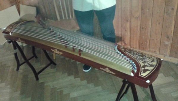 Guzheng-Chinese String Instrument
