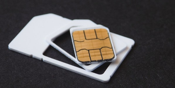 A Tourist's Guide to Accessing the Internet in China:Get a Local SIM Card